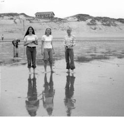 Lisa (far left) with her beachcombing cousins, 1975
